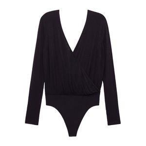 🆕 NWT Wilfred Allete Bodysuit from Aritzia
